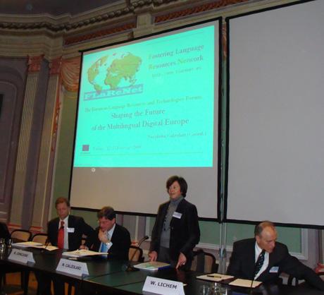 Nicoletta Calzolari opens the FLaReNeT Vienna Forum.