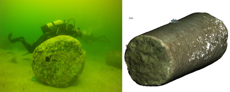 Figure 2: An underwater photographer during the 3D acquisition, and the reconstructed 3D model.